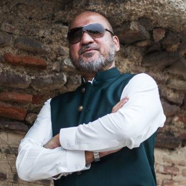 Mr Moeez Ur Rehman